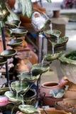 Фонтан пропуская в саде стоковое фото rf