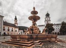 Фонтан резиденции - Зальцбург-Австрия стоковая фотография