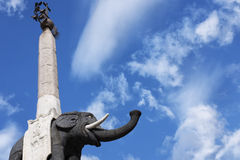 Фонтан слона символ Катании в Сицилии Италия Стоковое Изображение