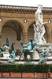 Фонтан Флоренса исторический с статуей Нептуна Стоковые Изображения
