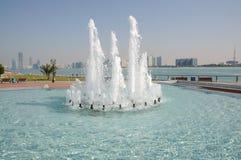 фонтан Abu Dhabi Стоковые Фотографии RF