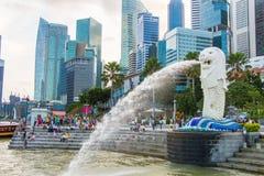 Фонтан Merlion в Сингапуре Стоковая Фотография