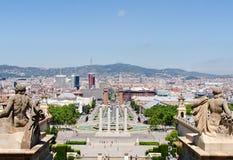 Фонтан Montjuic на Площади de Espana в Барселона Испании Стоковое Изображение RF