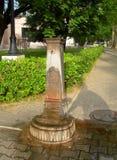 Фонтан Streetside исторический общественный для выпивать или bathi Стоковое Изображение