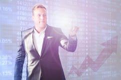 Фондовая биржа бизнесмена стоковая фотография rf