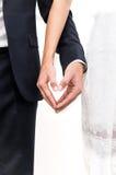 Форма влюбленности сердца с руками стоковые изображения rf