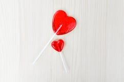 Форма сердца 2 леденцов на палочке связанный вектор Валентайн иллюстрации s 2 сердец дня Стоковое фото RF