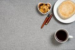Форма сердца закуски хлеба кофе Стоковые Фото