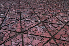 Форма треугольника земного блока имеет текстуру плоского камня Стоковая Фотография RF