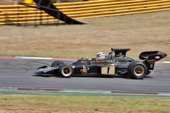 формула историческое одно автомобиля участвуя в гонке Стоковые Фото