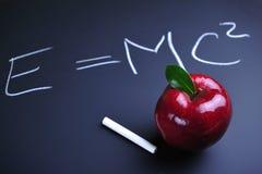 формула einstein яблока Стоковая Фотография