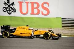 Формула 1 Renault на Монце управляемой Кевином Magnussen Стоковые Изображения
