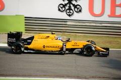 Формула 1 Renault на Монце управляемой Jolyon Palmer Стоковые Изображения