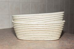 2 формы для теста, делают хлеб себя Стоковые Изображения RF