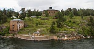 Форт вдоль шведского архипелага стоковая фотография rf