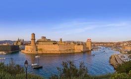 Форт и порт Vieux - марсель Франция Стоковые Изображения RF