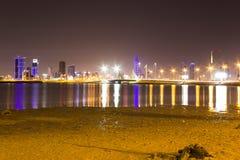 Форт рыбной ловли Бахрейна на ноче Стоковое фото RF