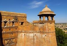 ФортJaisalmer- старая желтая каменная крепость, Индия Стоковые Изображения RF