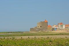 Форт Mahon вдоль опалового побережья в Ambleteuse, Франции стоковые изображения