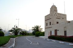 Форт Maqta Al, Абу-Даби, башня вахты, шейх Zayed Мечеть Стоковые Фотографии RF
