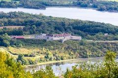Форт Ticonderoga как осмотрено от попирания держателя стоковое фото rf