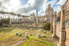 Форум Рим Trajan стоковые изображения rf