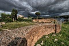 Форум Romanum на бурный день Стоковые Изображения