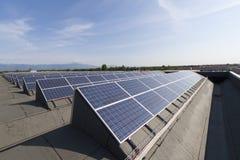 Фотовольтайческая электрическая станция солнечной энергии Стоковые Изображения