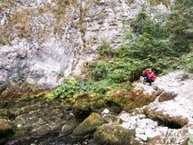 Фотограф в горах Стоковые Фото