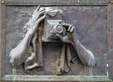 Фотограф изображения старый на шильдике стоковые изображения rf