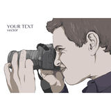 Фотограф смотрит в объектив фотоаппарата вектор иллюстрация штока