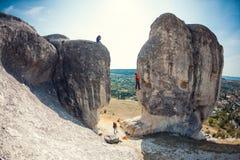 Фотограф снимает альпинистов Стоковая Фотография