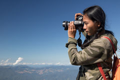 Фотоснимки путешественника в горах Стоковая Фотография