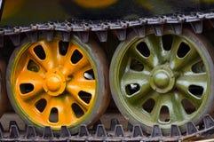Фотоснимок предпосылки колес кораблей танка армии Стоковые Изображения RF