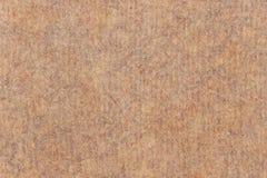 Фотоснимок рециркулирует текстуру Grunge бумаги Брайна Kraft грубого зерна Striped испещрянную Стоковые Фото