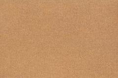 Фотоснимок рециркулирует текстуру Grunge бумаги Брайна Kraft грубого зерна Striped Стоковые Фото