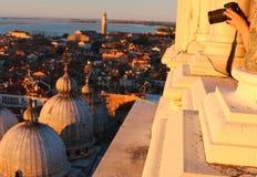 Фото базилики di Сан Marco от колокольни ` s St Mark в Венеции Стоковые Фотографии RF