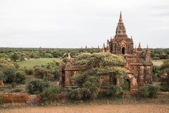 Фото бирманского виска в Bagan Стоковая Фотография