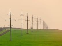 фото высоковольтных линий электропередач Стоковое Фото