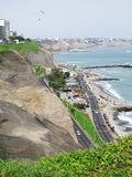 Фото запаса - снятое зеленого пляжа побережья в Лим-Перу Стоковое Фото