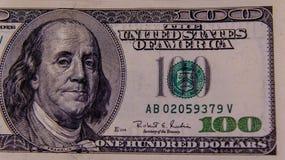 Фото конца-вверх 100 долларов счета Стоковые Изображения RF
