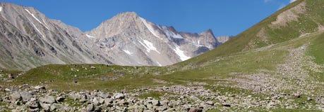 Фото красивого ландшафта горы, естественной предпосылки, свежей Стоковое Изображение