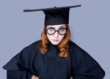 Фото красивого молодого ученика в черном костюме на чудесном стоковое фото rf