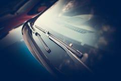 Фото крупного плана счищателей автомобиля Стоковые Изображения RF