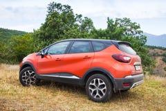 Фото крупного плана автомобиля Renault Kaptur стоковое фото rf