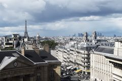 Фото ландшафта над Парижем от последнего этажа стоковые фото