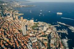 Фото лета трутня riviera города Монако Монте-Карло стоковые изображения