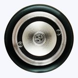 Фото макроса инжектора топлива автомобиля изолированное на белизне над взглядом стоковые изображения