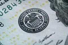 Фото макроса 100 долларовых банкнот Стоковые Фотографии RF