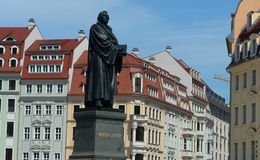 Фото макроса памятника к квадрату Мартина Luther в Дрездене Стоковая Фотография